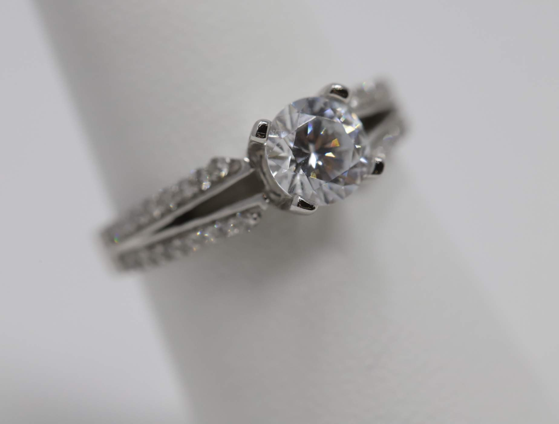 Lady's 14k White Gold 6 Mm CZ Engagement Ring