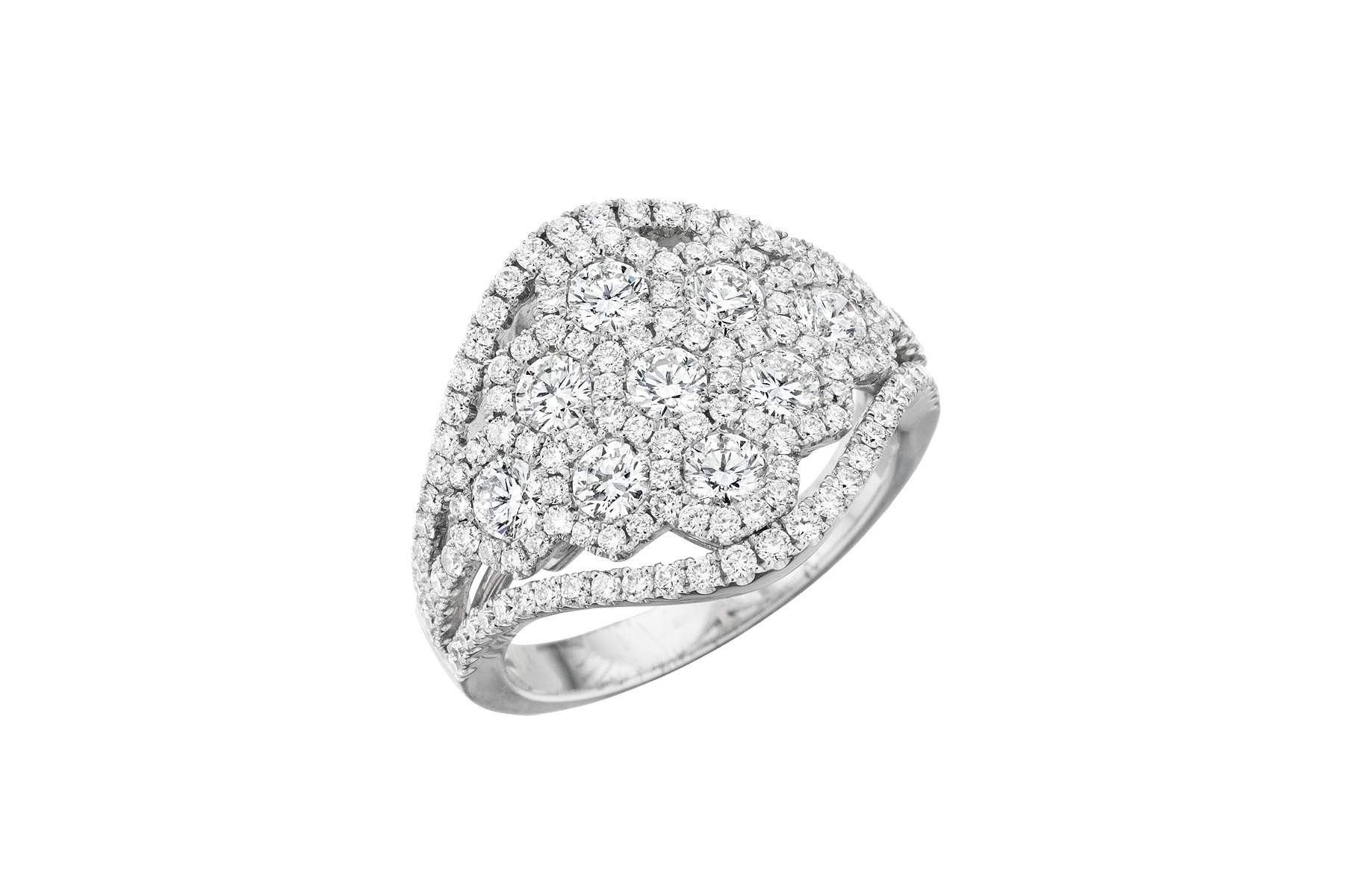 18k White Gold Lady's Diamond Ring