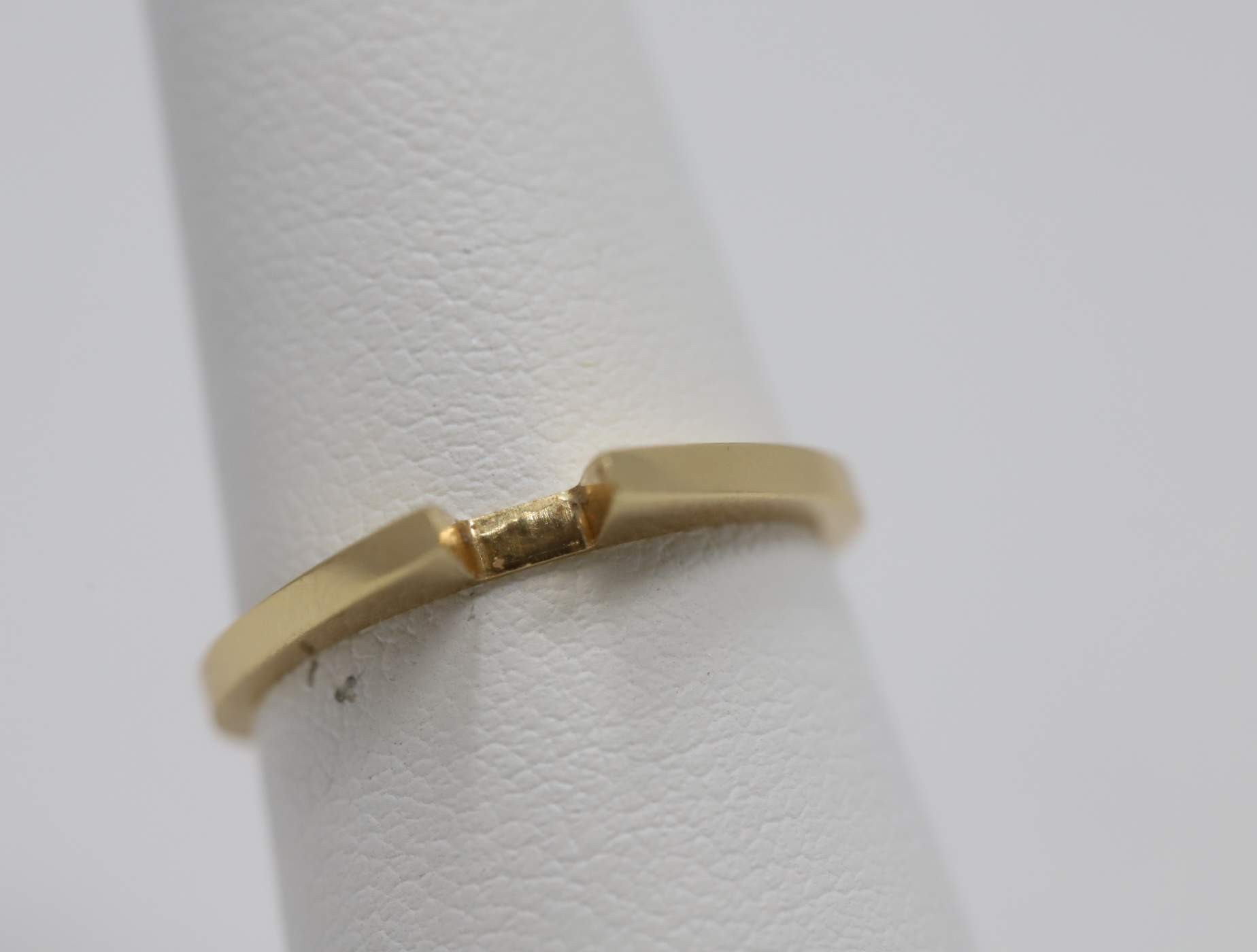 14k Yellow Gold Plain Wedding Band