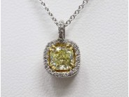 18k White Gold Lady's Diamond Pendant
