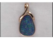 Lady's 14k White Gold Opal Pendant